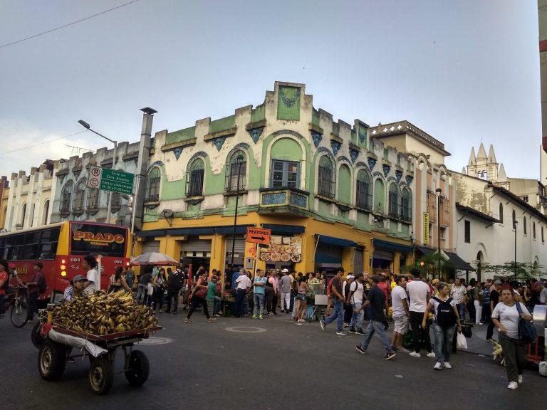 Calle en Medellín