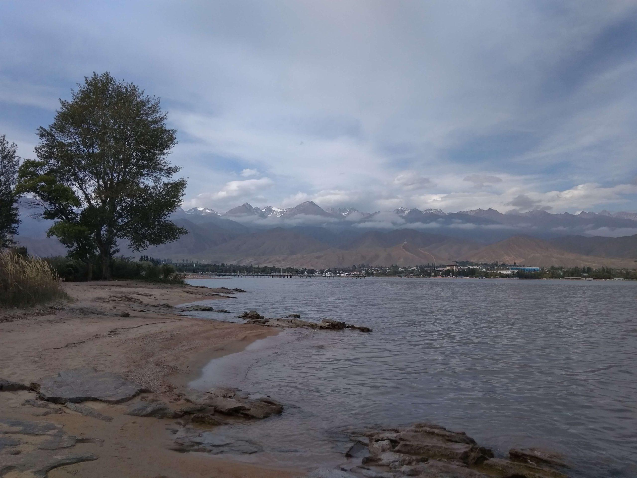 Orilla norte del Lago Issyk-Kul