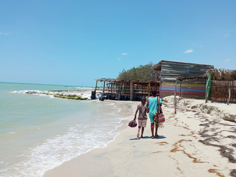 Las construcciones de madera y paja son muy populares en La Guajira